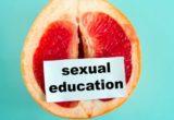 Από τον Σεπτέμβριο το μάθημα της σεξουαλικής διαπαιδαγώγησης θα διδάσκεται σε όλα τα σχολεία της χώρας