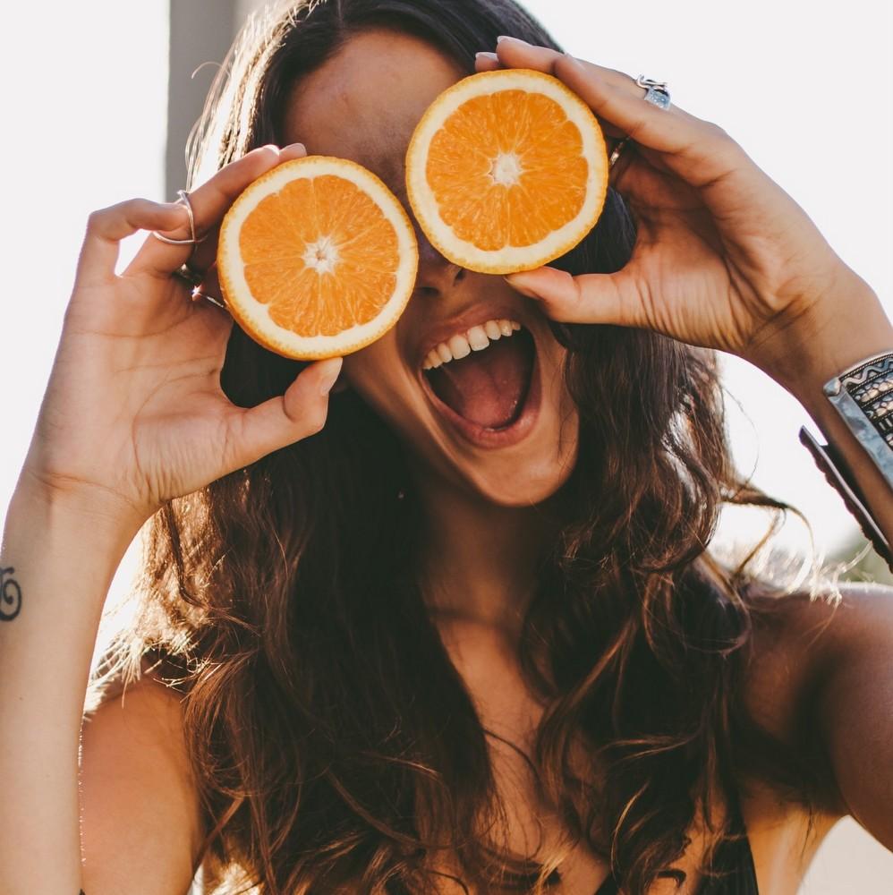 8 τρόφιμα που θα χαρίσουν ενυδάτωση και λάμψη στο δέρμα σου