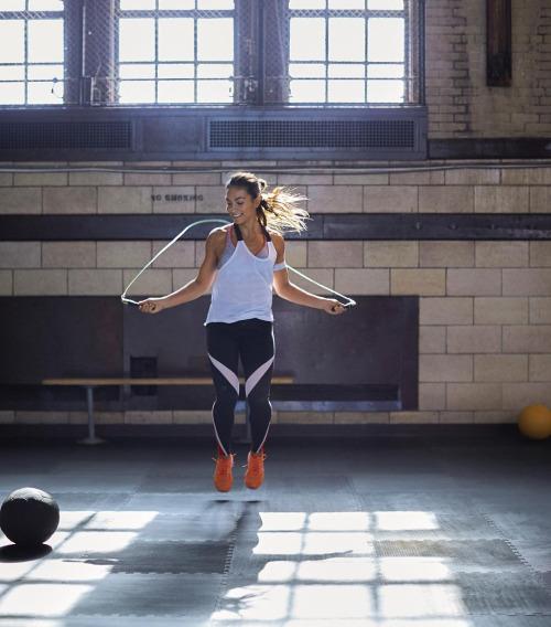 10 minute workout plan: σχοινακι