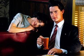 To Twin Peaks επιστρεφει με teaser