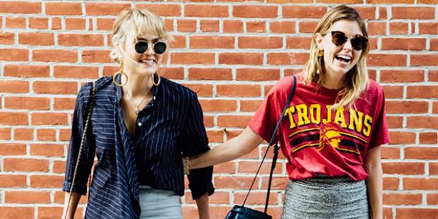 12 street style ιδέες που θα ανανεώσουν τον τρόπο που φοράς τις mini φούστες