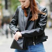 Ο σωστός τρόπος να καθαρίσεις το δερμάτινο jacket σου