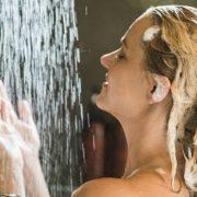 Tips για να κάνεις το ντους σου πιο σύντομο