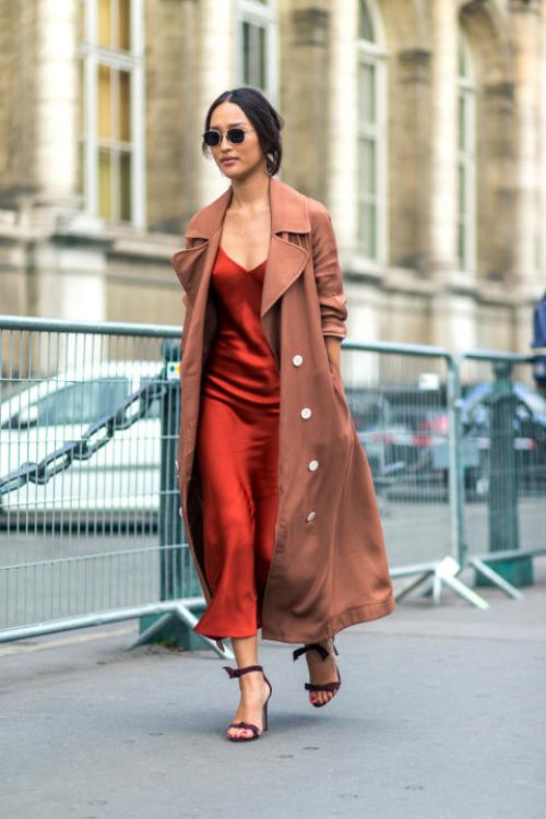 workwear-winter-slip-dress-street-style-nicole-warne