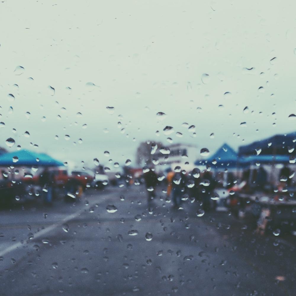 10 πραγματα που μπορεις να κανεις στο σπιτι μια βροχερη μερα