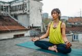 33 σκέψεις που κάνουμε όλοι στο πρώτο μάθημα yoga